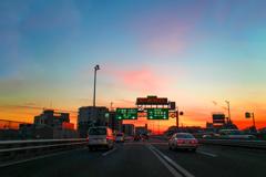 東京は夕焼けの下 03