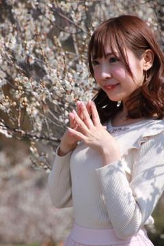 4-23朝日奈しおりさん モデル