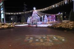 カラクリ・クリスマス アリオのイルミネーション点灯04