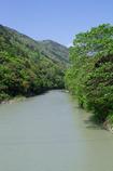 渓谷から郷里を想う