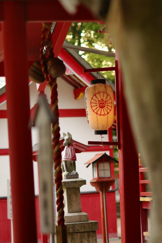 稲荷神社にて