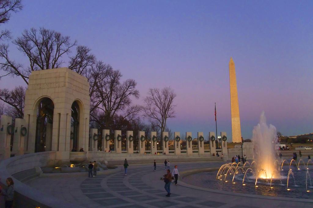 Washington Monument in twilight