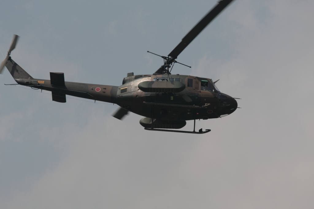 UH-1(対戦車地雷散布器装備)