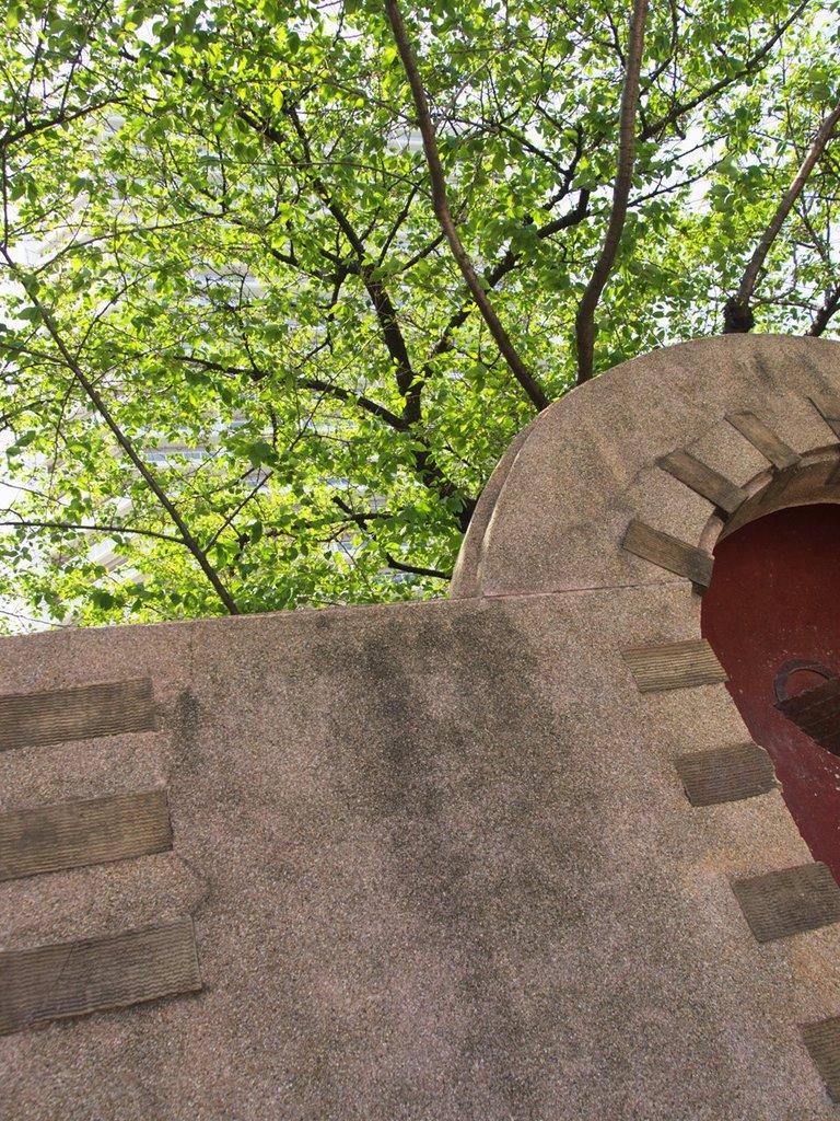 復興建築壁泉P41900655,6_125_100_090419_R1280