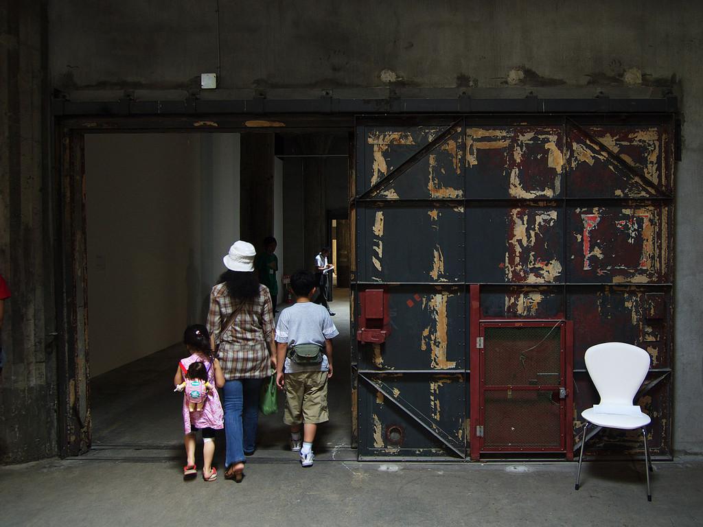 横浜トリエンナーレ~郵船倉庫4