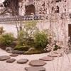 本満寺境内
