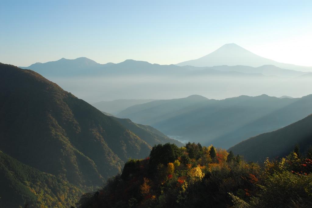 晩秋の富士