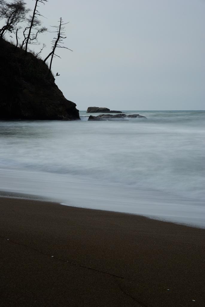 静かな浜辺