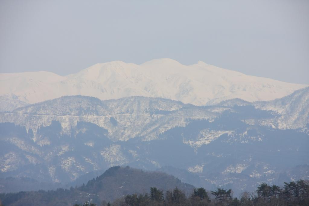 冬眠中の白山