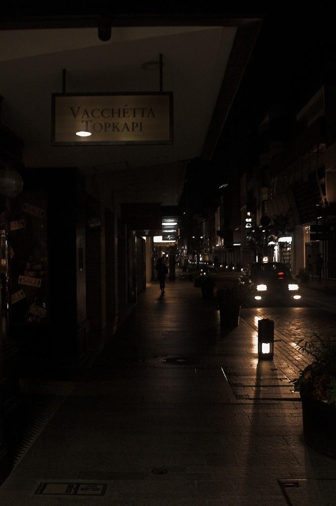 Night croosing in YOKOHAMA