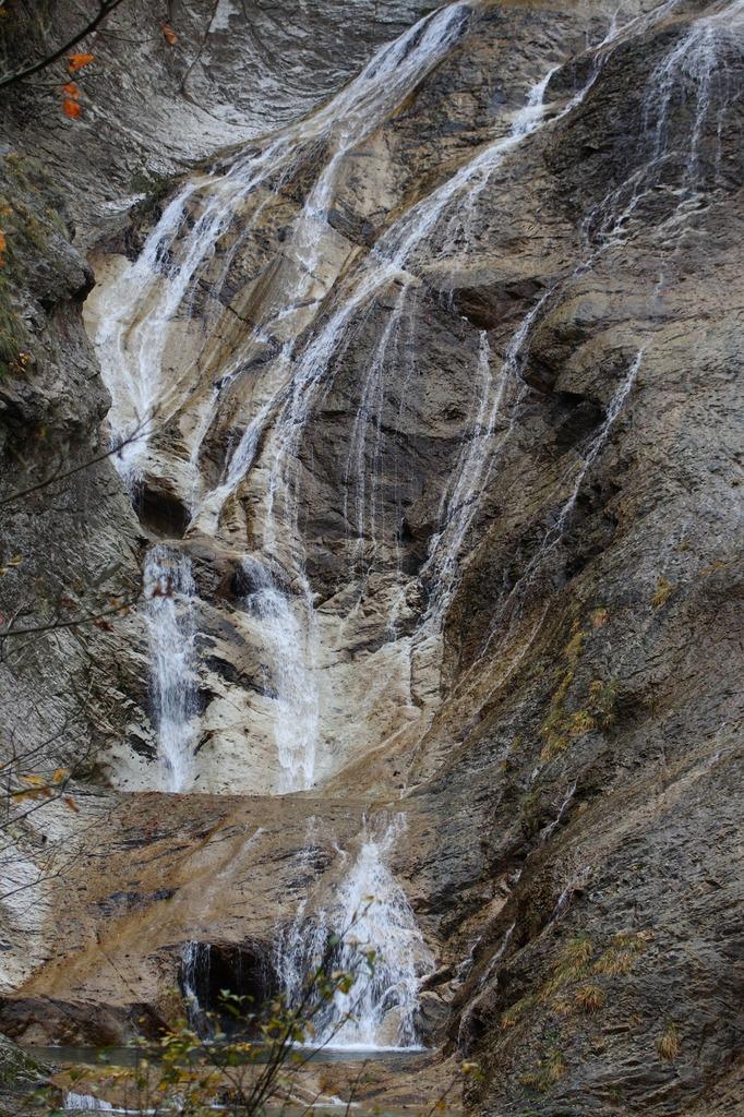 白山スーパー林道 姥ヶ滝 2