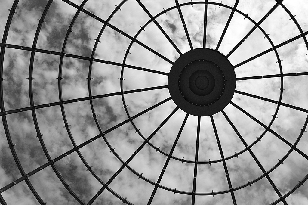 Eye without Sky