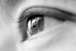 悩める中年の瞳(撮影:ワイフ)