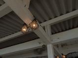 海辺のカフェの天井