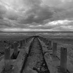 RICOH RICOH GX200で撮影した風景(桟橋の跡)の写真(画像)