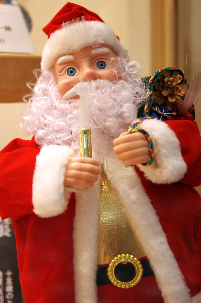 Blue-Eye Santa Claus