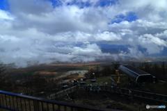 にぎやかな雲