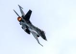 F-2 機動飛行