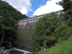 布引五本松ダム・城壁