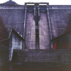 俣野川ダム・玉座