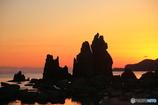 朝焼けの岩