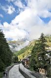 _Zermatt_マッターホルン_ 川沿いから