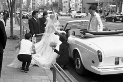 「Bride on the street」
