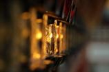 街の情景 - 金色の掛灯篭 -