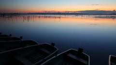 印旛沼・朝景 - 静謐の彩り -