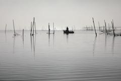 印旛沼・朝景 - 霧の船出 -