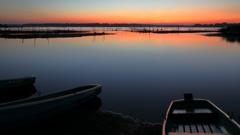 印旛沼・朝景 - 穏やかな秋の夜明け -