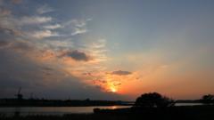 印旛沼・風車 - 秋めく夕暮れ -