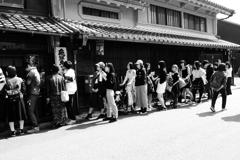 犬山城下町 人気店の行列