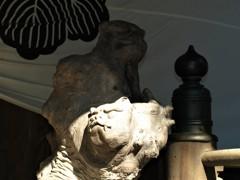 内々神社の狛犬には顔が2つある