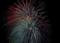 SONY ILCE-7M2で撮影した(点線の花火)の写真(画像)