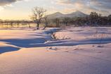 朝陽に染まる桧原湖