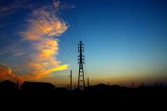 送電線と雲