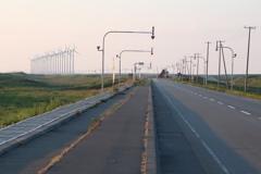 原野の風車_01