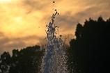 夕暮れの噴水