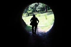 トンネルを抜けて