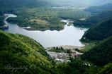 精進湖を見下ろす