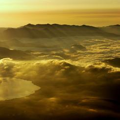 PANASONIC DMC-GH1で撮影した風景(黄金の山中湖)の写真(画像)