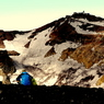 PANASONIC DMC-GH1で撮影した風景(雪残る真夏の火口)の写真(画像)