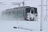 雪だるまになって走る電車君~!