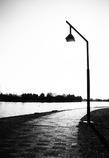 水辺の外灯