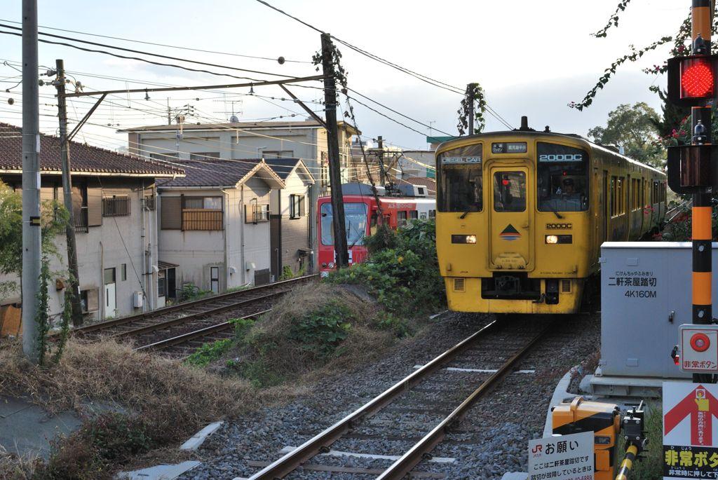 鹿児島市電谷山線とJR指宿枕崎線...