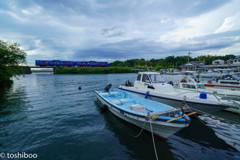 小さな漁港にて