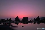 橋杭岩の夜明け