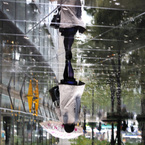 NIKON NIKON D300で撮影した人物(into the rain)の写真(画像)