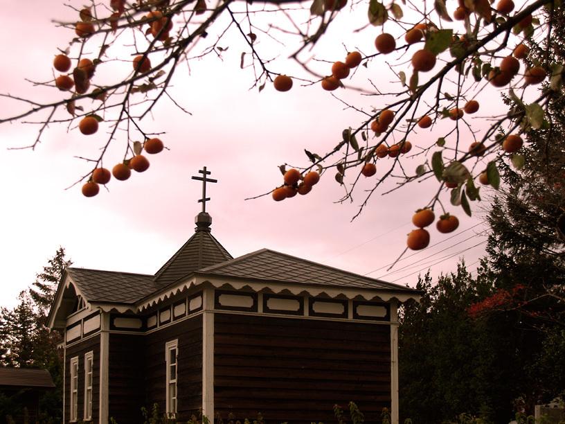 小さな聖堂の秋
